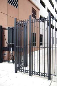 mantenimiento puertas de hierro